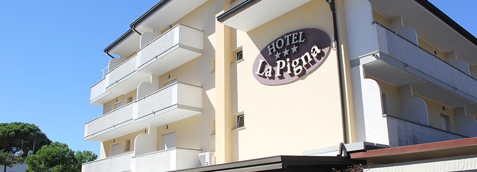 Hotel 3 stelle Lignano Sabbiadoro con spiaggia riservata offerte last minute